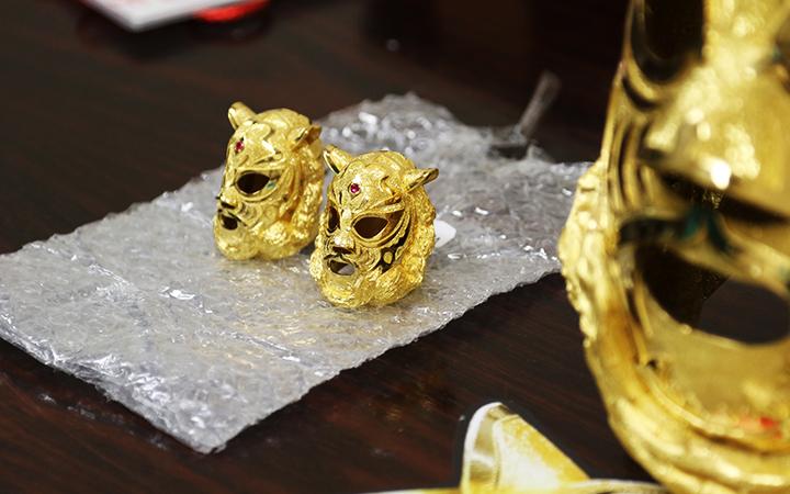 純金ミニマスク2個